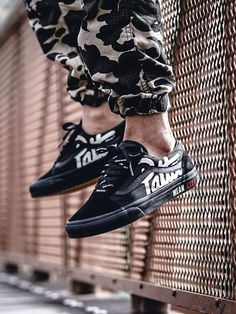Patta x Beams x Vans Old Skool Mean Eyed Cat - 2015 (by New Shoes, Men's Shoes, Dress Shoes, Hype Shoes, Mens Vans Shoes, Skate Shoes, Vans Old Skool, Air Jordan, Adidas