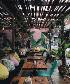 Home Interior Hamptons .Home Interior Hamptons . Design Bar Restaurant, Deco Restaurant, Outdoor Restaurant, Restaurant Seating, Colorful Restaurant, Restaurant Interior Design, Home Interior, Interior And Exterior, Bistro Interior