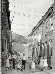 Neighborhood Wash: 1938