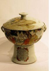 Terrine mit Ständer China, Porzellan