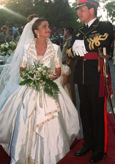 Queen Rania of Jordan and King Abdullah II #royalty #wedding #Jordan