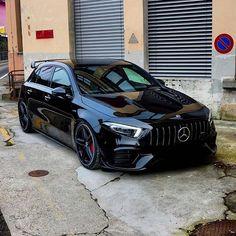 Luxury Sports Cars, Top Luxury Cars, Sport Cars, Mercedes Benz Amg, Carros Mercedes Benz, Classe A Amg, Amg Car, Carros Premium, Mercedez Benz