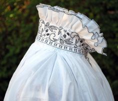 DW Embroidery - Pismo Beach, CA, United States. This Renaissance chemise features blackwork embroidery on cuffs and collar, even on the inside of the collar.