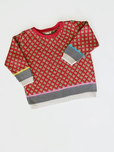 Cactus Box top by ALL Knitwear. Assertedly looks great with sunglasses.