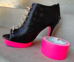 DIY neon shoe mod with duct tape ( via Keep Calm & Do It Yourself)