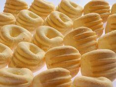 Biscoito de queijo, por cozinhacomz.com.br
