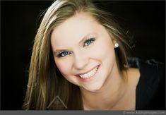 Stunning Michigan Senior Portrait Photography! Love the Smile! #ArisingImages #Senior #Photos #Smile