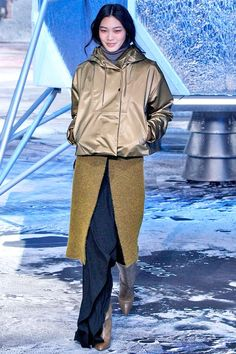 You'll Want Everything From H&M's New Fall Line #refinery29  http://www.refinery29.com/2015/03/83321/h-m-paris-fashion-week-show-review-fall-2015#slide-12  ...
