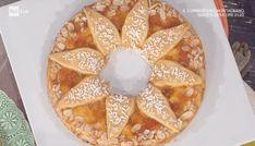 """La ricetta della crostata sole di Natalia Cattelani del 9 aprile 2018, a """"La prova del cuoco"""". Una bella idea per una crostata originale."""