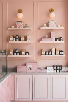 This Pretty-in-Pink Cake Shop Is Sweet Enough to Inside Sweet Laur… - Luxury Kitchen Remodel Cake Shop Interior, Bakery Interior, Kitchen Interior, Shop Interior Design, Boutique Interior, Retail Interior, Interior Modern, Room Interior, Cake Shop Design