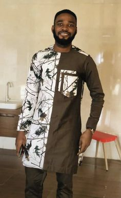 African Dresses Men, African Attire For Men, African Wear, Nigerian Men Fashion, African Print Fashion, Kaftan Men, Dashiki For Men, Kurta Designs, Fashion Outfits