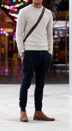 Mens Casual Work Clothes, Mens Smart Casual Outfits, Mens Casual Suits, Smart Casual Menswear, Work Casual, Work Outfit Men, Work Outfits, Designer Suits For Men, Business Casual Men