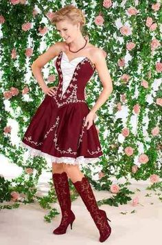 Folk Fashion, Fashion Show, Womens Fashion, Fashion Design, Folklore, Dirndl Dress, Special Occasion Outfits, Beautiful Costumes, Female Girl