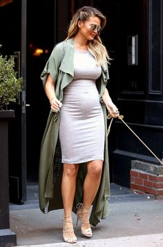 Chrissy Teigen's Best Maternity Styles Puppy Love