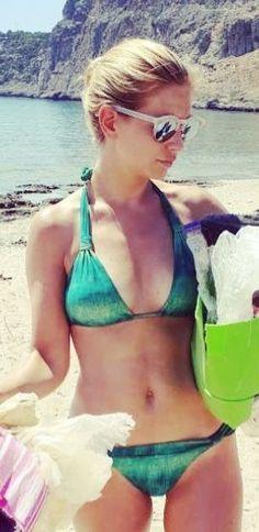 Rachel Riley Bikini, Beautiful Models, Beautiful Women, Beautiful Celebrities, Racheal Riley, Tv Girls, Summer Special, Gorgeous Blonde, Tv Presenters