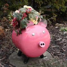 pink pig planter.... This one is for you anita