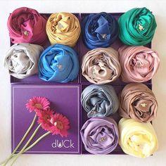 dUCk scarves (@duckscarves) | Insharee