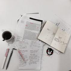 #minisomodum vize haftası stresini kırtasiye alışverişi yaparak aşmaya çalışıyorum napayım? O yüzden @minisoturkey den kendime yeni bir defter aldım bayıldım aşk yaşıyoruz #blogger #studygram #student #stationary #stationery #kırtasiye #planner #notebook #defter #instagrammer #instagood #instamood #vize #examweek