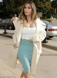 Kim Kardashian Out for Shopping in Beverly Hills