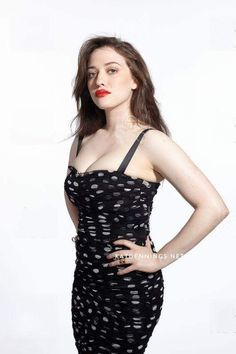 Kat Dennings Kat Dennings, Salma Hayek Hair, Two Broke Girl, Buxom Beauties, Hello Beautiful, Facon, Girls In Love, Hottest Models, Beautiful Celebrities