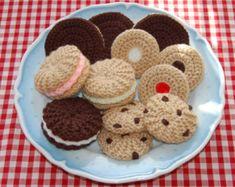 Stricken & häkeln Muster für eine Auswahl an Gebäck / Kekse - gestrickt Spielzeug Essen, Essen, spielen Essen