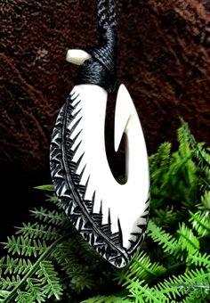 Cattle Bone Hook carving by Master Carver Beau Rasmussen, Sāmoa.