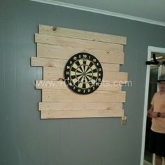 577282 10100757581243486 786897178 n 600x600 Pallet Dart board Backing in pallet wall  with Pallets
