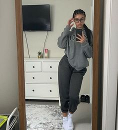 Cute Lazy Outfits, Chill Outfits, Cute Swag Outfits, Tomboy Fashion, Teen Fashion Outfits, Streetwear Fashion, Baddie Outfits Casual, Stylish Outfits, Beautiful Outfits