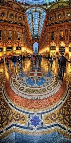 Gorgeous mosaic tile at the Galleria Vittorio Emanuele - Milano