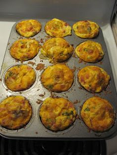 Easy Breakfast Casserole Muffins-these sound easy and they freeze well