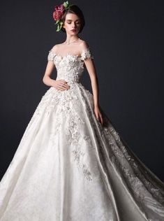 Divinos Vestidos de Novia de Lujo por Rami Al Ali - Bodas