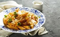 Pasta with Spicy Sun-Dried-Tomato Cream Sauce