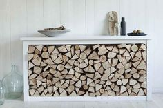 Stylish way of storing your fireplace wood Lindsey Banister, Wood, Wood Store, Remodel, Furniture Renovation, Refinishing Furniture, Wood Burner, Wood Shelves, Woodworking Plans, Interior Design Bedroom