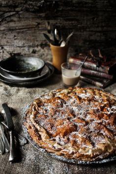 Pratos e Travessas: Tarte de creme de coco e lima | Lime and cocconut custard tart | Food, photography and stories