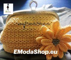 Materiál na kabelku objednáte na EModaShop.eu Crochet Hats, Fashion, Knitting Hats, Moda, Fashion Styles, Fashion Illustrations