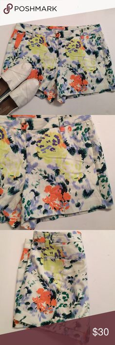FINAL LOWEST Pretty GAP Floral Shorts In excellent condition these colorful floral shorts are a summer must have. Front and back pockets with belt loop. Size 4. Covershot from walkinginmephisinheels.com GAP Shorts