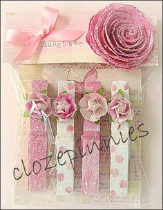 Las pinzas o broches de ropa decoradas adecuadamente pueden convertirse en excelentes detalles o souvenirs para obsequiar en una fiesta o ...