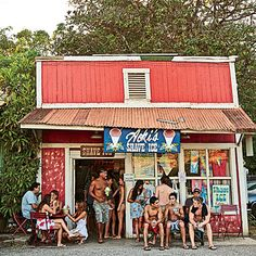 Sweet Escape - Dream Town: Haleiwa, Hawaii - Coastal Living