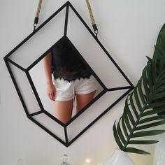 Devinez le prix soldé de ce miroir 55x48 cm chez BABOU ? @IloveDOIY l'a shoppé pour 4€50 seulement ! (soldes en quantités limitées selon arrivages magasins)