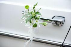 Simona wedding car decoration