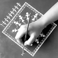 Small Canvas Paintings, Indian Art Paintings, Art Indien, Worli Painting, Madhubani Art, Indian Folk Art, Art Drawings Sketches Simple, Biryani, Acrylic Colors