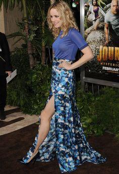Rachel McAdams wearing Peter Som http://nubry.com/2012/04/celebrity-trend-thigh-high-slit-maxi-skirts-are-all-the-rage/