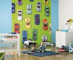 Loving this wallpaper for a boys room (Bas)