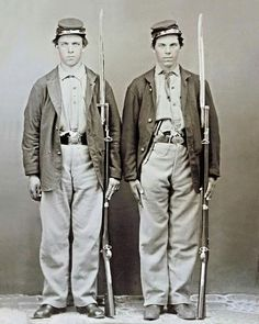 Mississippi rifles with bayonets