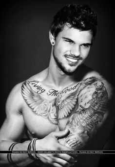Taylor Lautner Manip ... http://www.pinterest.com/kez100xx/my-creations/... FYI from M.HP: All negative comments will be removed! Thanks!xo