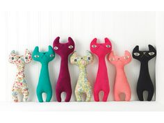 H Luv Fabrications Transforms Discarded Textiles into Exquisite Plush Dolls /; Diy Cat Toys, Cat Fabric, Fabric Toys, Plush Dolls, Doll Toys, Fabric Animals, Little Doll, Sewing Toys, Soft Sculpture