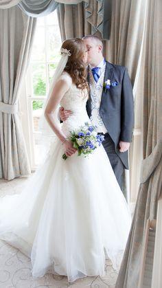 #brideandgroom #weddingphotography #decourceysmanor #cardiffwedding #wedding