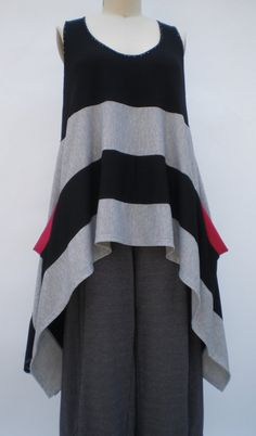 Bold Stripe Graphic Art to Wear Red Pockets Tank/Vest One Size Missy and Plus Lagenlook by r.Browning