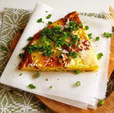 Spaanse Tortilla met geitenkaas | Vegetarisch Recept | Betty's Kitchen Dinner Is Served, Vegetable Pizza, Lunch, Snacks, Vegetables, Food, Appetizers, Eat Lunch, Essen