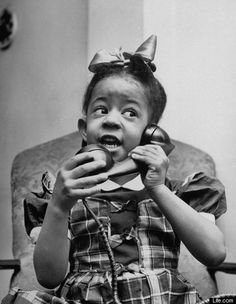Kids Talking To Santa In 1947: Rare Pictures From Life.com (PHOTOS)